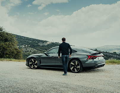 Roadtrip in France with the Audi RS e-tron GT
