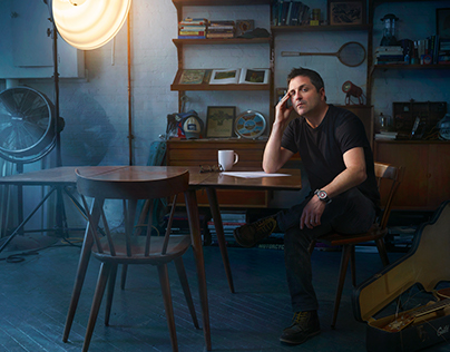Phil Hyland / Singer-Songwriter