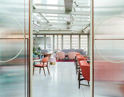 Highline Restaurant, Bar & Lounge - Red Design