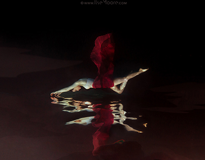 Underwater Photography | Scarlet Skies