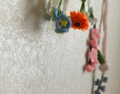 Hanging your felt flower sculptures