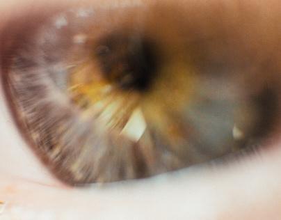"The ""I"" (Reflection & Reverse Lens Macro Study)"