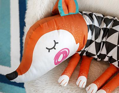 Snake pillow (Fox) // AFSM