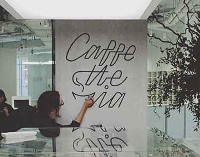 Lettering and signpainting for Italian visa center
