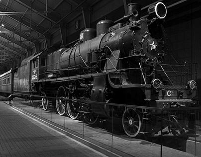 """Steam Locomotive Movement"" Interactive Stand"