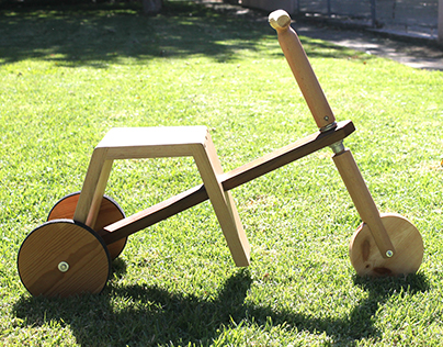 Wood tricycle for 5 year olds