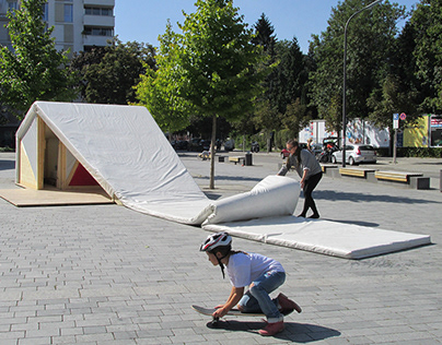 Doesn´t really mattress urbane Installation