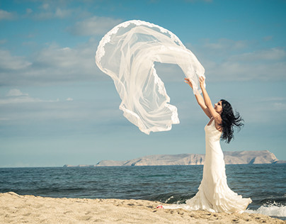 Honeymoon on Crete - Destination wedding
