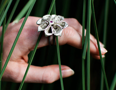 mysterious garden - jewellery collection photoshoot