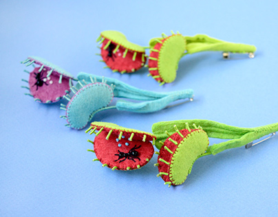 Venus Anttrap Brooches