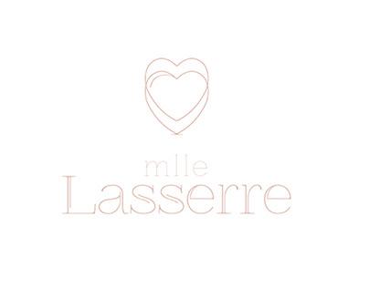 Mlle Lasserre