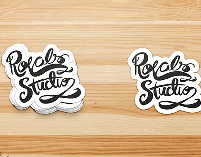 Lettering cursivo para logotipo e adesivo