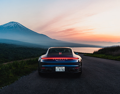 Porsche 992 911 Carrera 4S
