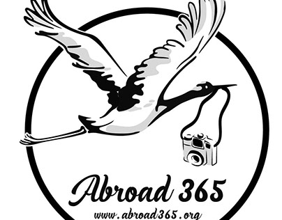 Abroad 365 logo. Living abroad for 365 days a year!