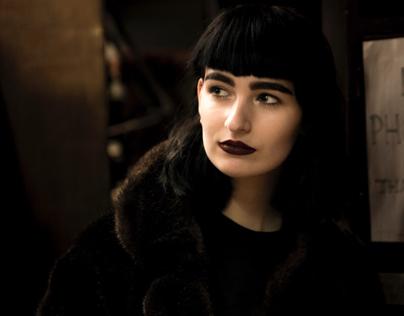 Amelia-Coated Noir