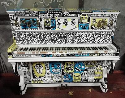 Doodle piano by cedric la touffe