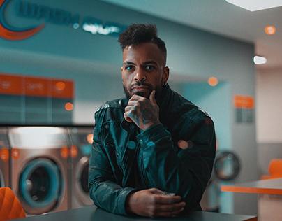 Laundromat mood with Antony