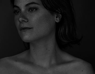 Femme Feu - Julianne Côté