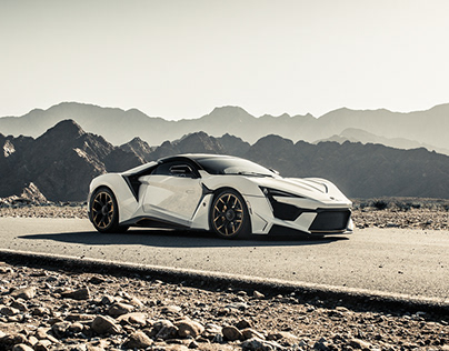 W-Motors // Fenyr Supersport