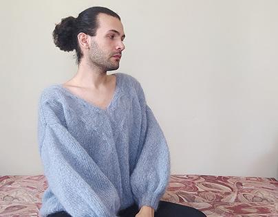 Nimbus Sweater // V-Neck Oversize Sweater