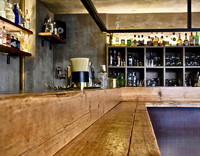Box Carmine - Cocktail Bar Interior Design