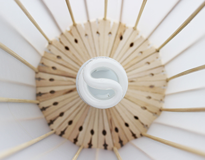 Lampás / Clothespin Lamp