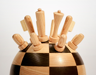 Chess on the Dot (Wooden Game Set)