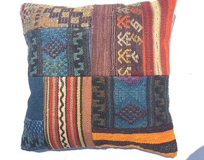 #patchwork #pillows #etsy #carpet #vintage #etsypillows