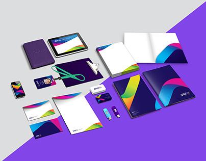 Logo e Identidade Visual Plurall Coworking