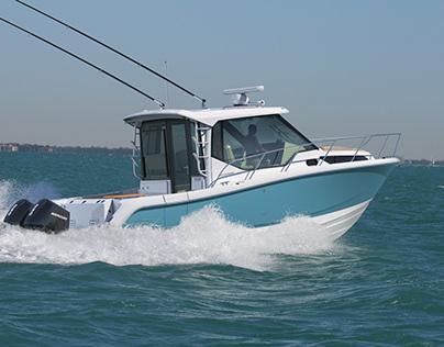 Boston Whaler 325/405 Launch CGI