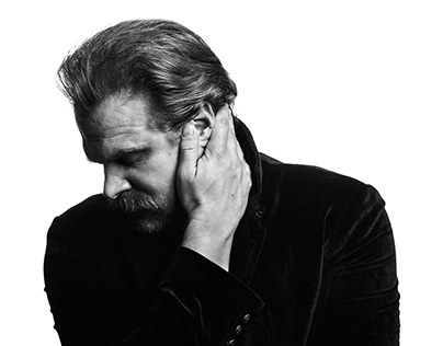 David Harbour by Benjo Arwas