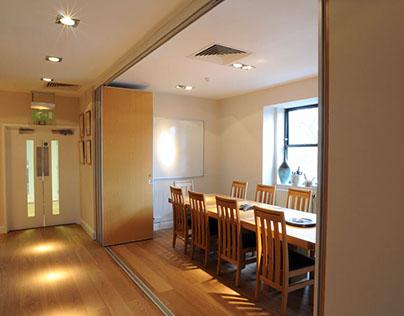 Nội thất căn hộ trở nên sang trọng với vách ngăn