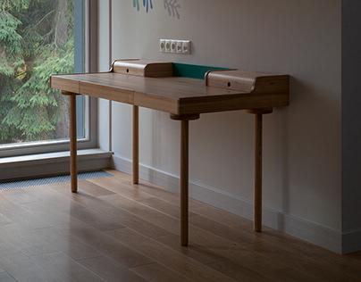 Desk and shelf for children's room