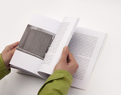 Krzyżowa ponownie (od)czytana - book cover & layout