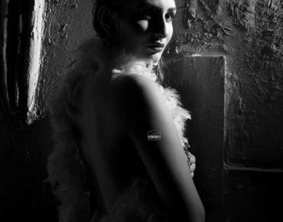 Black less black&white portfolio