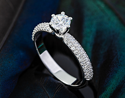 Wedding and Engagement rings. Jewelry photography