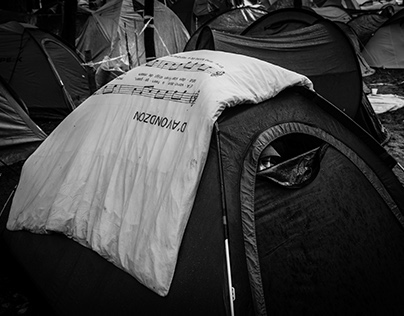 Refugees camp in Brussels
