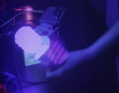 Suonare la luce