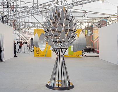 Strobilus Mobilis kinetic sculpture
