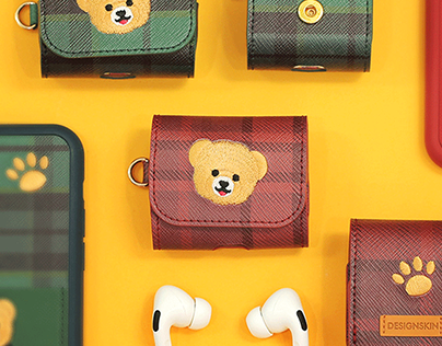 BEAR AIRPODS POUCH CASE