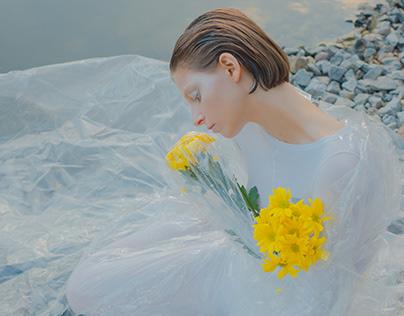 // Lemon Swan for Frenchfries-mag