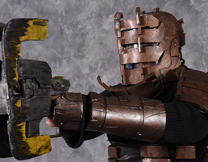 Dead Space Isaac Clarke Cosplay