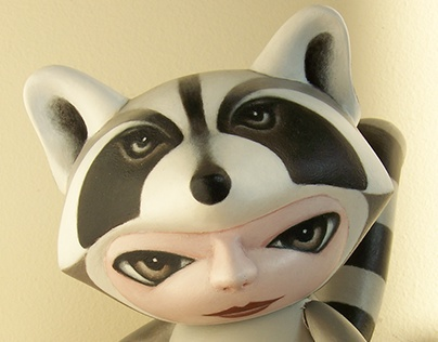 Munnyworld Customs: Raccoon
