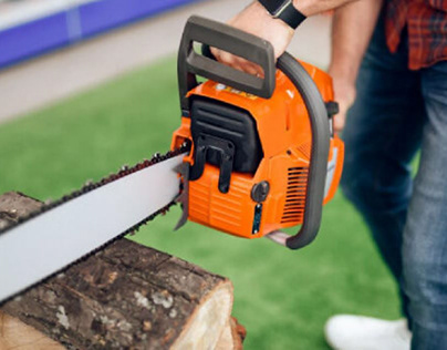 What is Chainsaw Kickback?