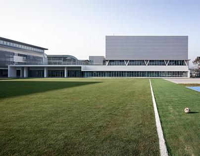 MAYU architects/ American School Athletic Complex