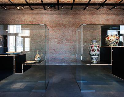 Zsolnay Exhibition Installation