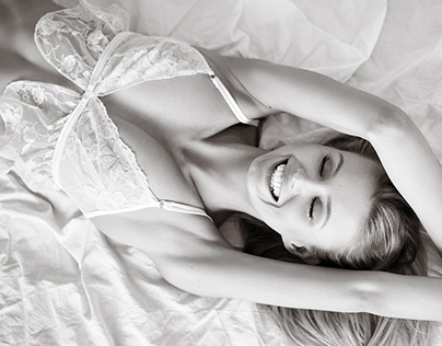 In bed with Karolina