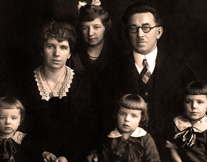 1927 Family Photo Restoration
