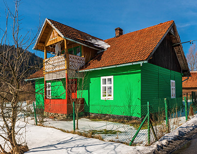 A colorful house in the countryside