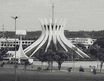 Capital em Preto e Cinza